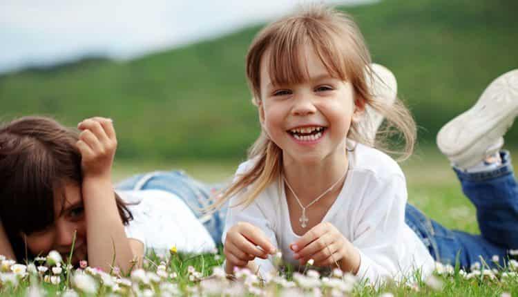۱۰ روش رایگان برای اینکه همین الان احساس خوشحالی کنید