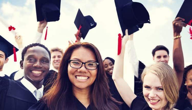 آنچه دانشجویان برای موفقیت نیاز دارند