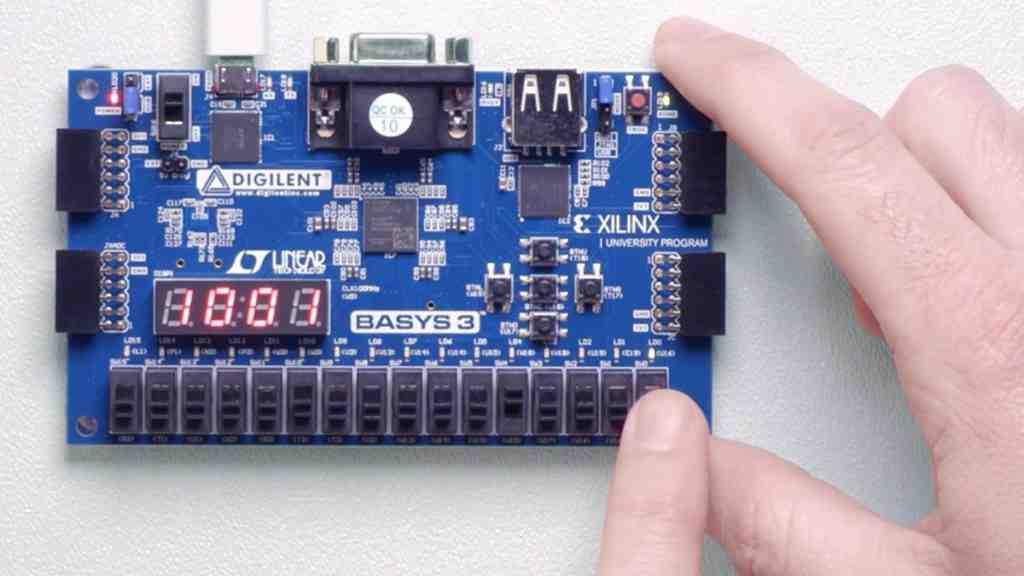 بررسی FPGA و کاربرد های آن