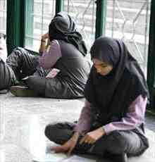 بررسی علل انحراف اجتماعی دانش آموزان دختر