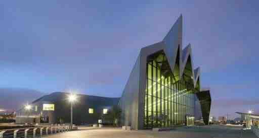 پاورپوینت تحلیل معماری بنای موزه ریورساید (RiverSide Museum)